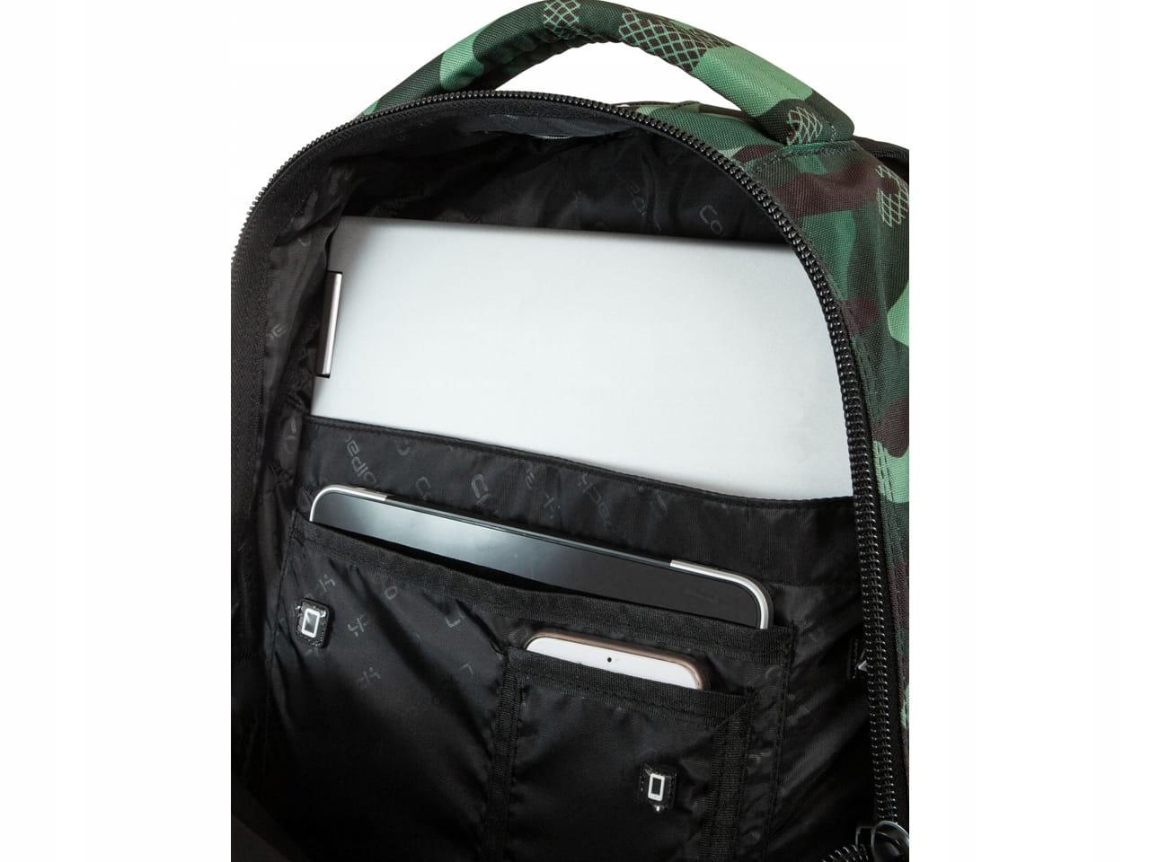 240f97a5f15d9 COOLPACK BENTLEY Plecak Camo Green Badges 30 Litrów 16110 PLUSZNET